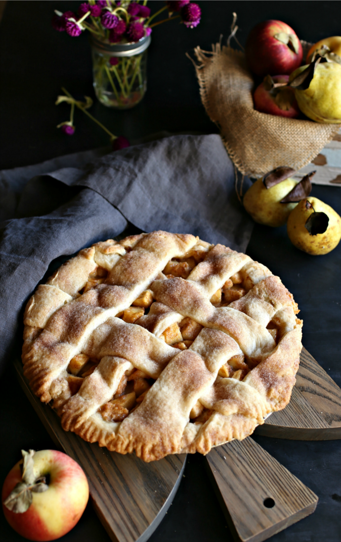 Recipe for an apple and pear pie with a homemade butter crust.