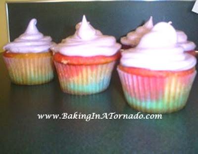 Tie Dye Cupcakes | www.BakingInATornado.com | #recipe