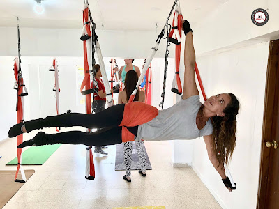 aero yoga acrobatico acro