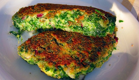 Spinach and Cheese Patties with Semolina and Cilantro