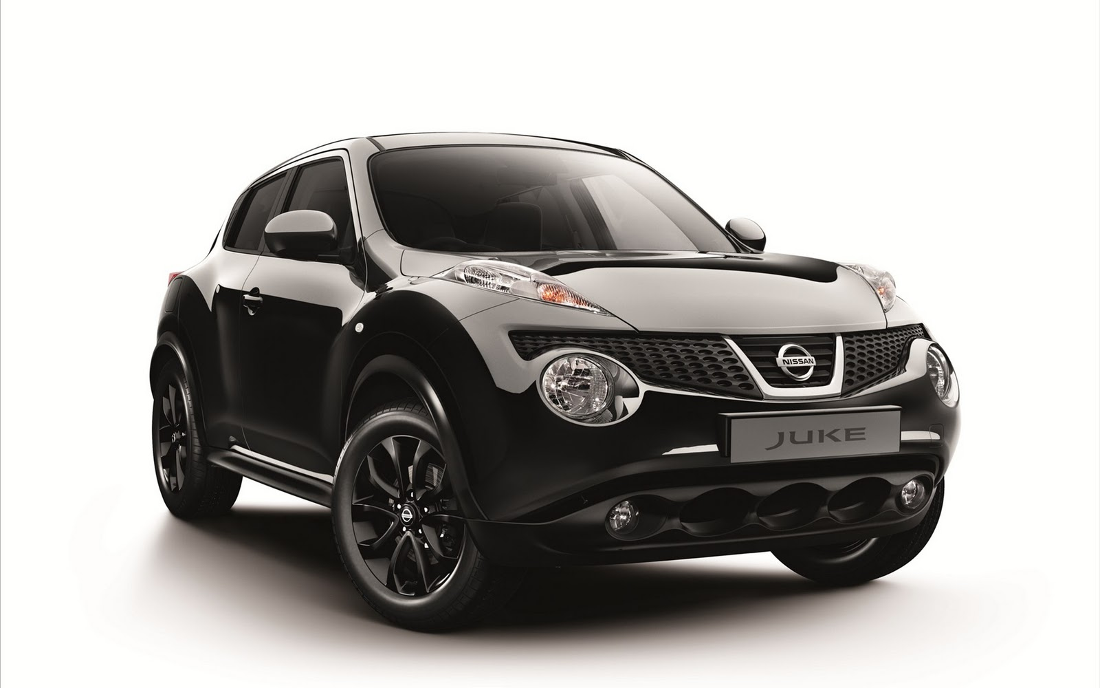 Kendall Self Drive: 2012 Nissan Juke Kuro Edition Review
