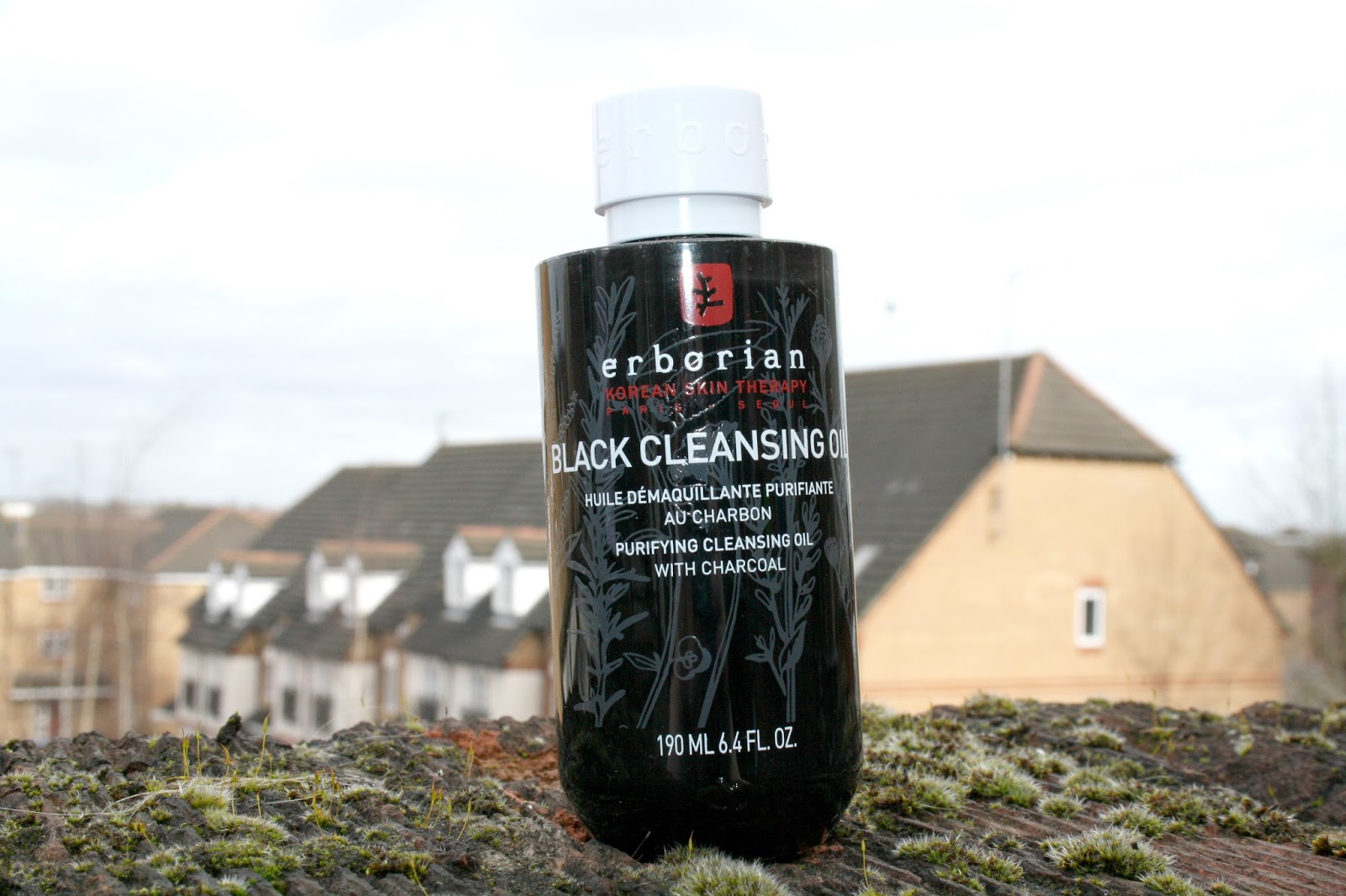 Erborian Black Cleansing Oil Beauty Queen Uk Bloglovin Humphrey Skin Care Activated Charcoal Bodywash 500ml Blending The Power Of Korean Textures And Ingredients With French Sensoriality Know How There Is A Whole Host New Products Hitting Stores I Have