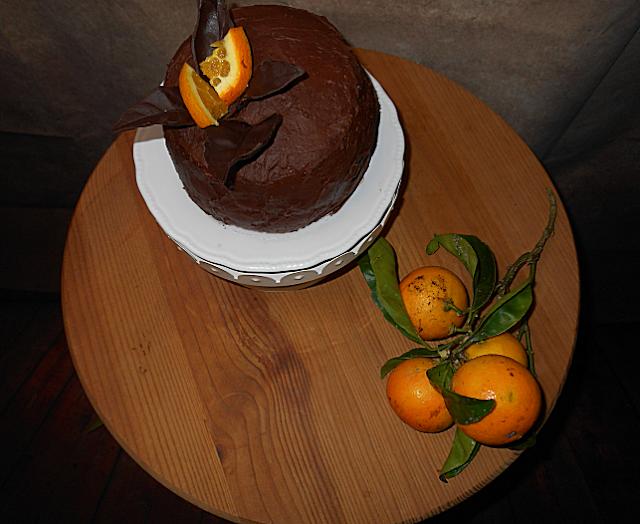 bolo em espiral de laranja e chocolate