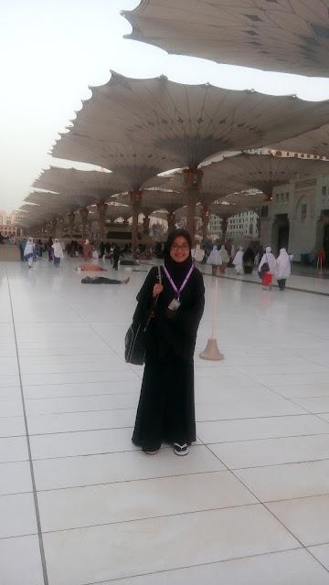 Setelah sholat subuh di Masjid Nabawi
