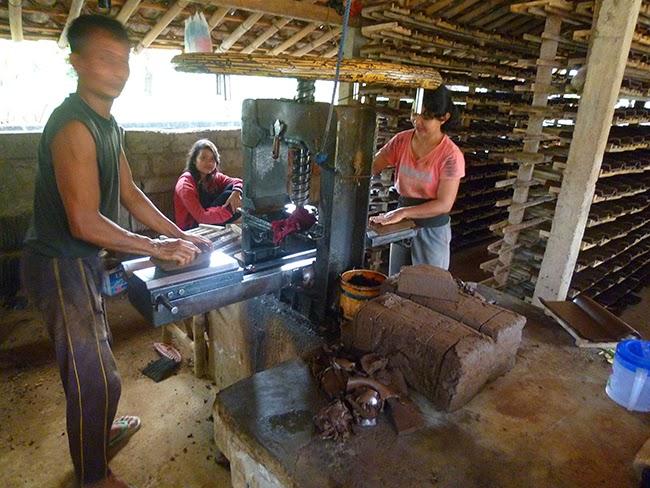 Fábrica de tejas en Bali