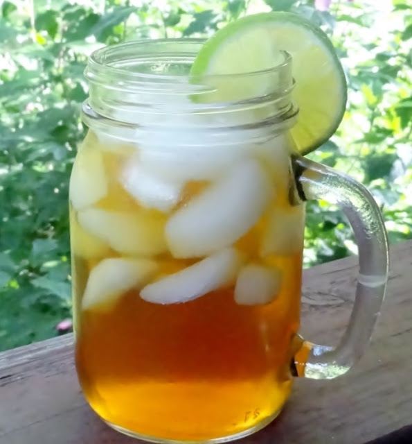 Iced tea on the front porch #summer #company #drinks
