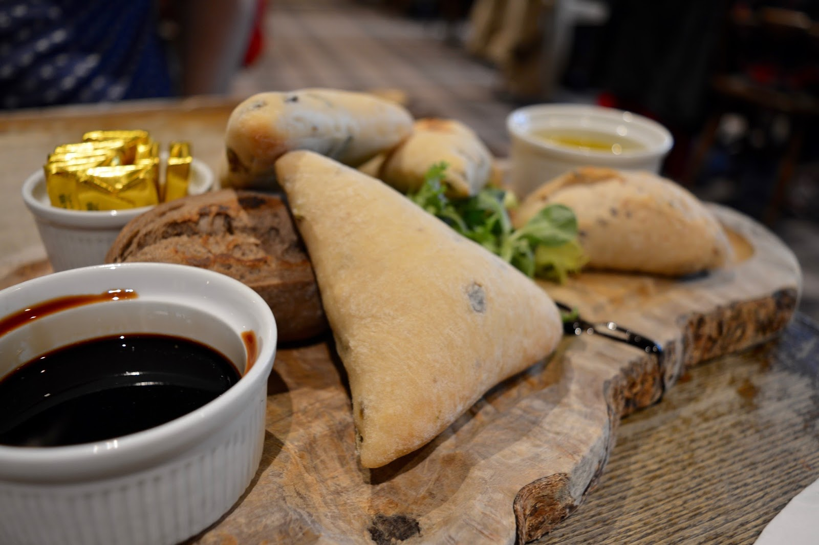 The Craster Arms, Beadnell   A Review featuring a very good Northumberland Country Pub.  - hpmemade bread board