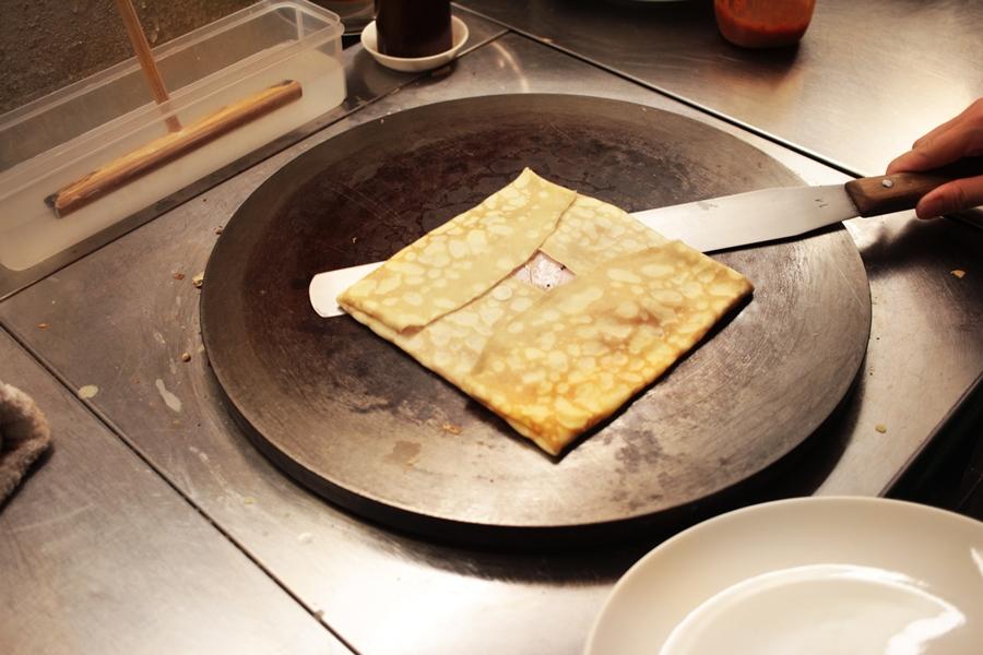 eating crep in japan nara