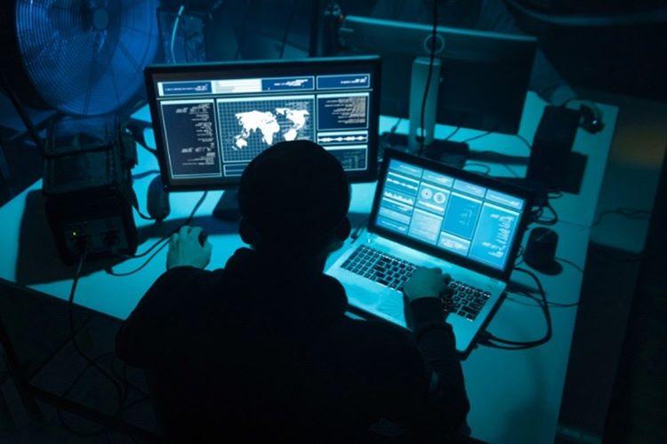 Süper güçlü bilgisayarlarla donatılan Hacker üstleri kuruldu.