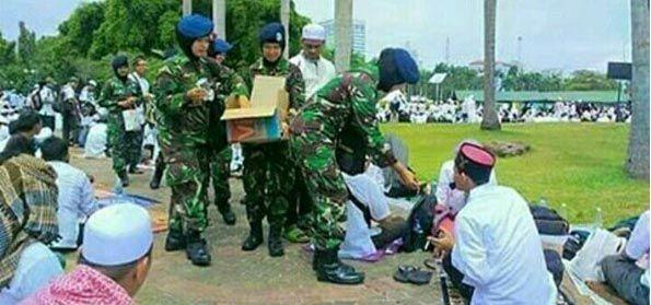 """Pengamat: """"Phobia Islam itu 100 Persen Anti Pancasila dan Anti NKRI!"""""""
