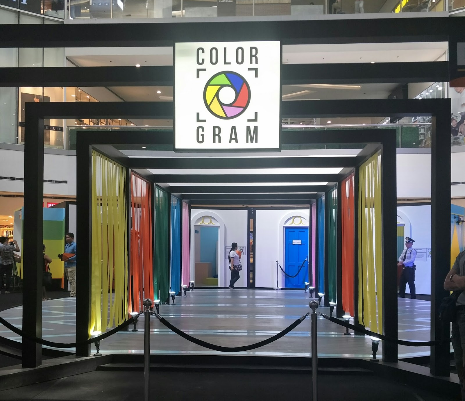 Experience colorful summer at sm city north edsa with davies paints last march 5 2018 sm city north edsa and davies collaborated and presented a world where you not only see but also experience the polwer of color in new stopboris Images