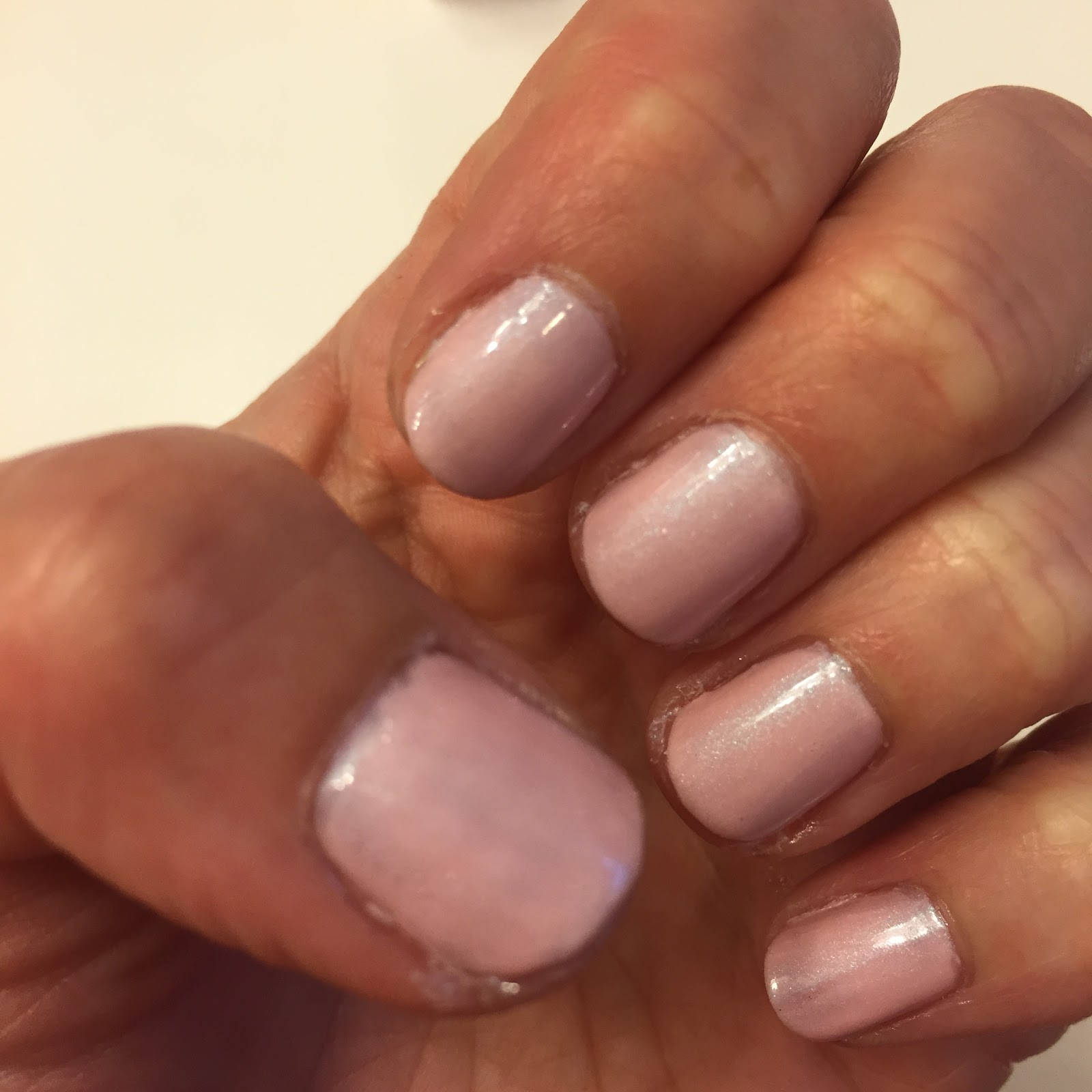 Essie Nail Polish Cashmere Matte - To Bend Light