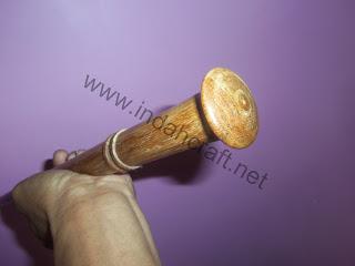 tongkat komando kayu