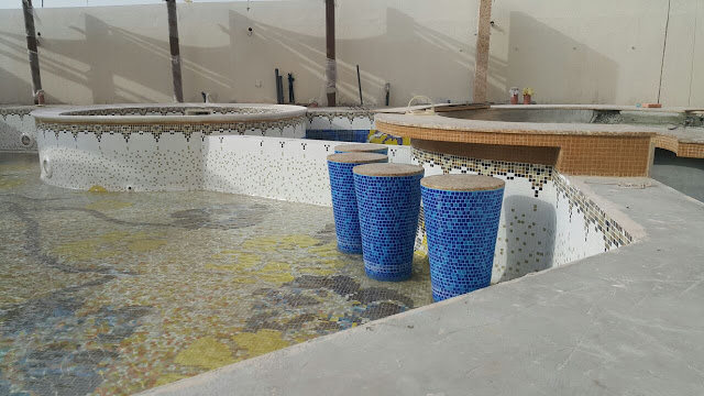 swimming pool design tiles image