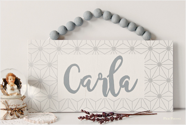 cartel-nombre-bebe-diy-tabla-chalk-paint-bolas-porexpan