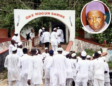 ogboni cultists attack burial guest ooni