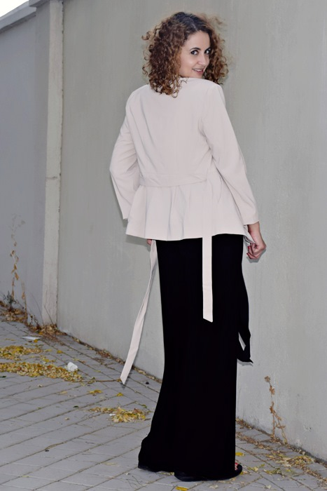 outfit-chaqueta-crema-4