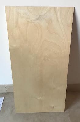 foto di una tavola di tiglio di 3mm di spessore, lunga 60x30cm