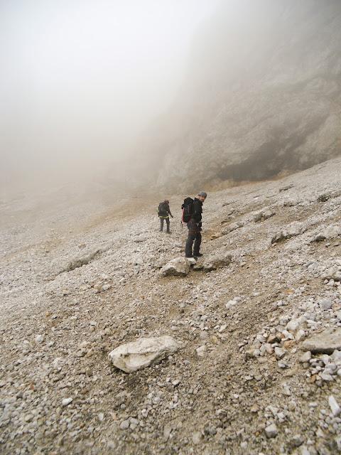 Aufstieg auf den Koschutnikturm im Nebel