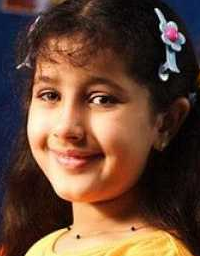 Jhanak Shukla age, mother, photos, wiki, biography
