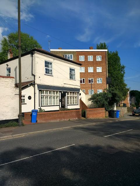 Rosary Tavern, Norwich, Rosary Appartments, Psychogeography