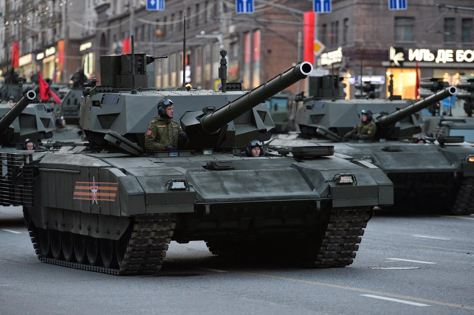 2018, Rusia Akan Dapatkan 100 Tank Armata T-14 Produksi Massal Pertama