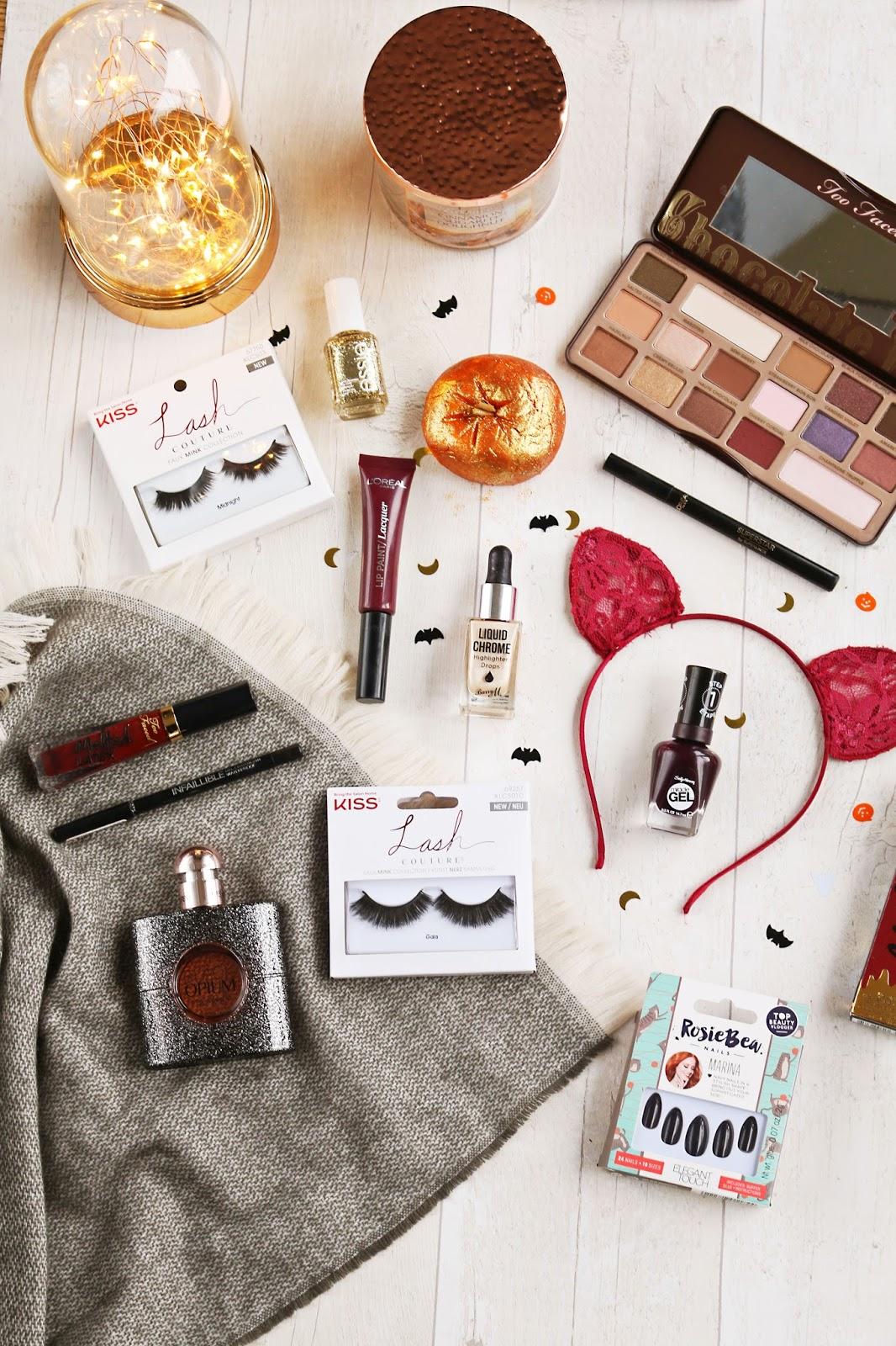 Lifestyle, Halloween, instagram, Lists, basic things, pumpkins, flatlay ideas, halloween instagram ideas,