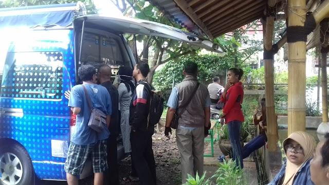 Warga Depok Manfaatkan Program Bebas BBN dan Denda Pajak Samsat Cinere
