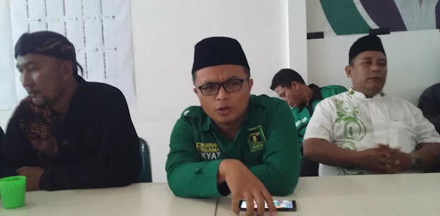 PKB Sindir Rommy Musuh Islam, PPP: Dulu Cak Imin Tersandung 'Kardus Duren' Kami Tidak Memaki