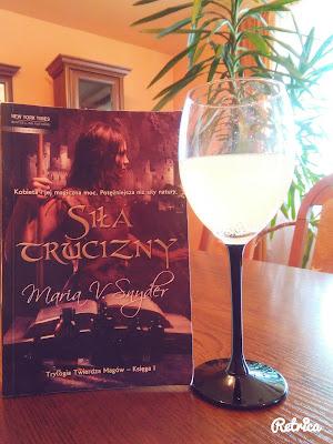 Book Tour: Siła trucizny - Maria V. Snyder