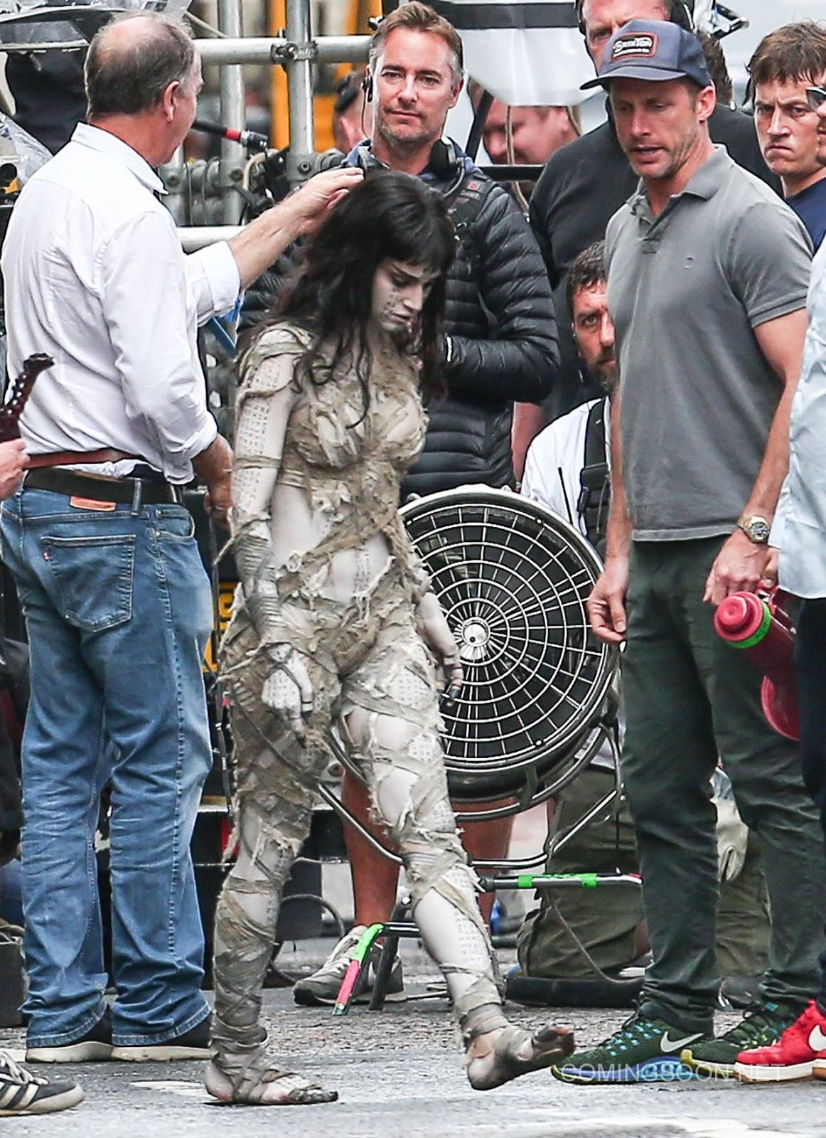 Primeras imágenes de Sofia Boutella en el rodaje de 'The Mummy' ('La momia')