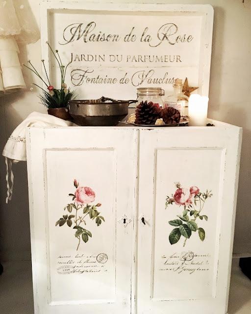 vita romantiska möbler