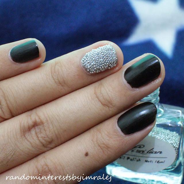 RIbI: Microbead Nails (Caviar Manicure)