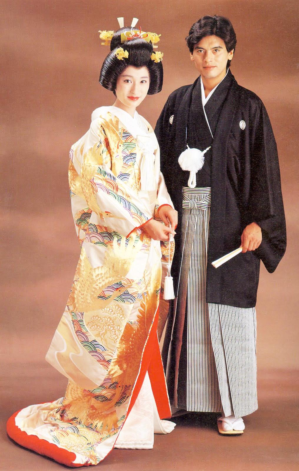 All About Japan: Pakaian Tradisional Jepang - Kimono