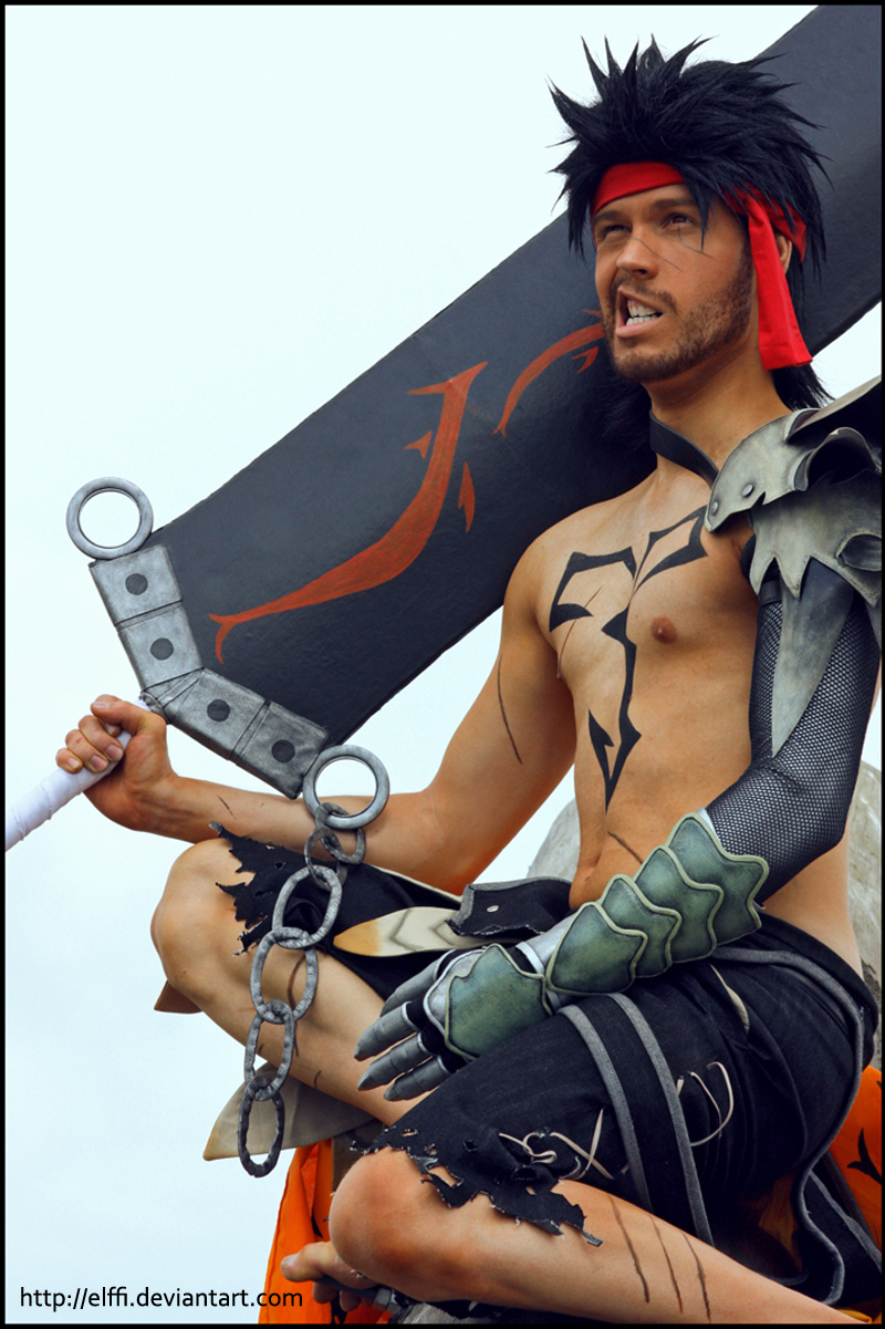 Jecht with grin - Cosplay - Final Fantasy Dissidia