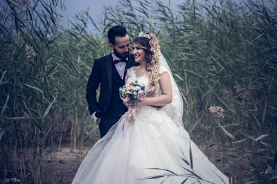 10 Shocking Wedding Updos You Won't Think Back and Detest In 30 Years