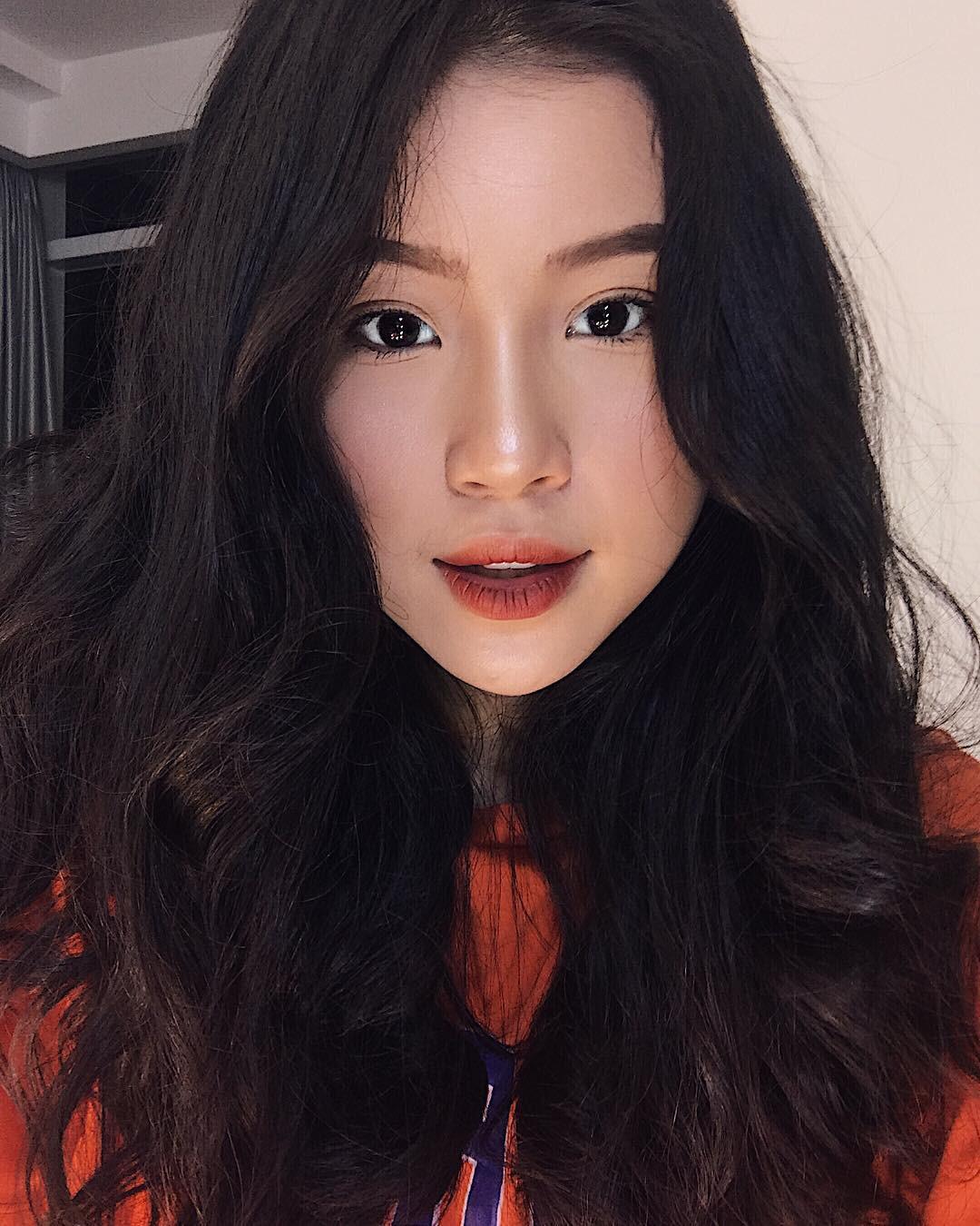 Cô bạn sinh năm 1998 xinh như búp bê cùng nụ cười tươi rói đang cực hot trên Instagram Việt Nam -4