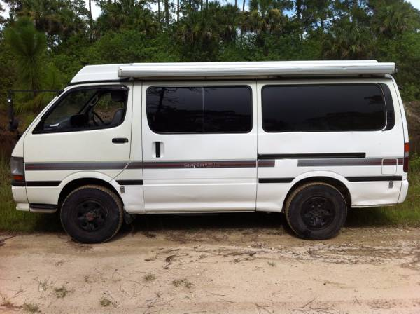 1990 Toyota Hiace 4x4 Camper Van For Sale in USA