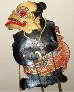 Namun, kini idola itu saat ini. Paraga Wayang Lan Watake