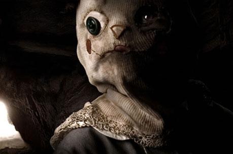 """La máscara del niño muerto en """"El Orfanato"""""""