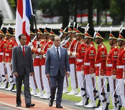 Indonesian President Joko Widodo and French President François Hollande