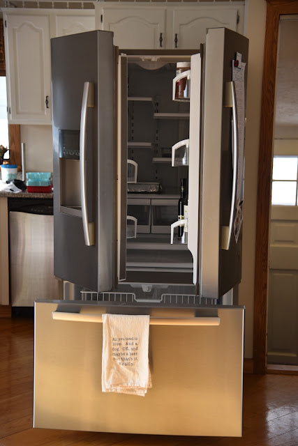 defrosting fridge