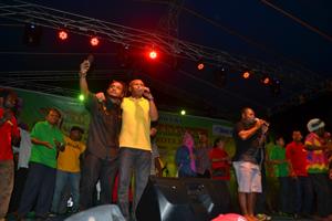Sambut KTT MSG Dengan Konser Reggae