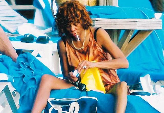 AmyOops: Whitney houston