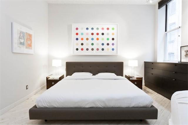 dormitorio minimalista en loft neoyorkino chicanddeco