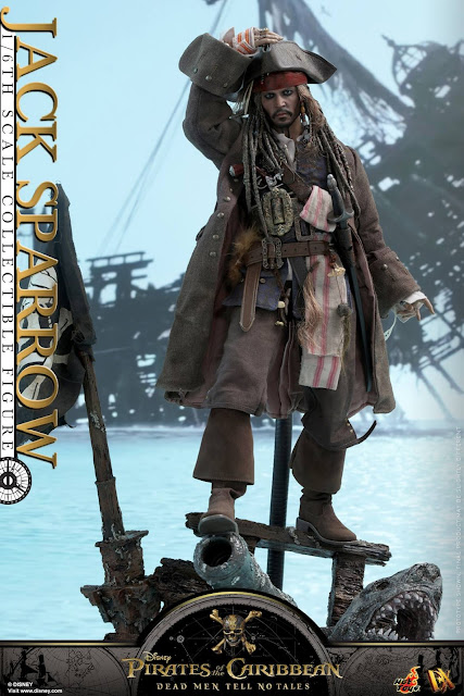 "osw.zone Hot Toys MMS DX15 Pirates of the Caribbean: dead men tell no fairy tale 1 / 6. Scale Johnny Depp as captain Jack Sparrow 12 ""Collector figure"