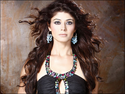 pooja-batra-trains-in-mixed-martial-arts-keen-on-action-films