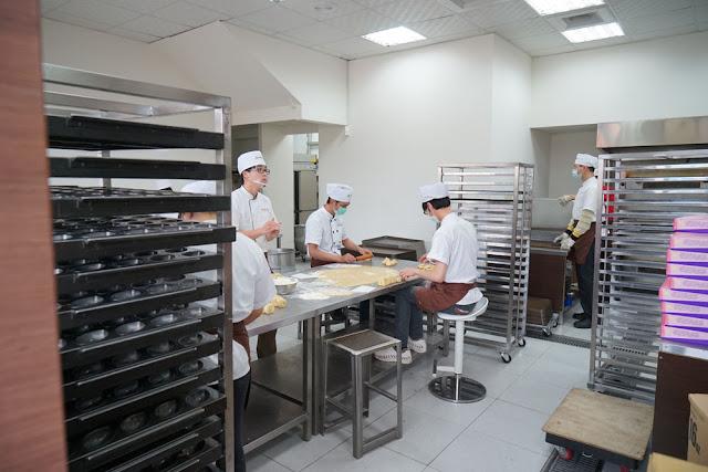 DSC00641 - 熱血採訪│手殘之人千萬不要來如邑堂太陽餅做太陽餅DIY