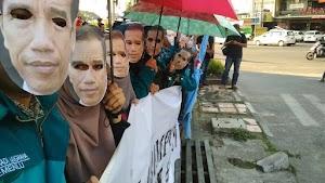 Topeng Jokowi Terbuka, Rakyat dan Korban HAM Dibohongi