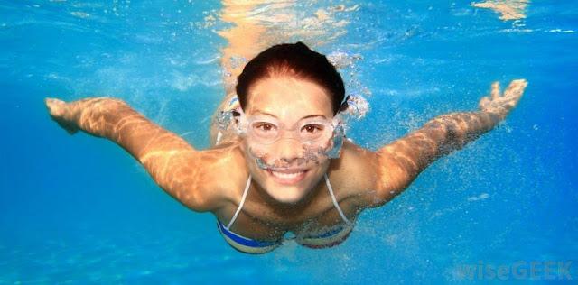 Berenang untuk mendapatkan payudara besar dan kencang